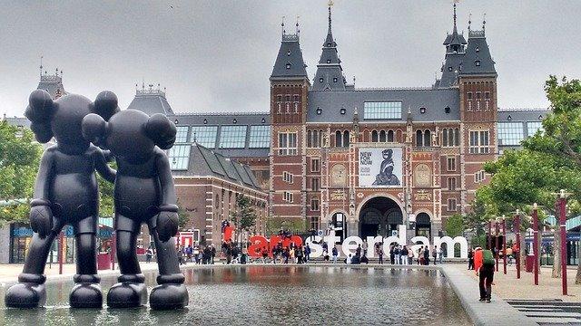 amsterdam-1643644_640.jpg