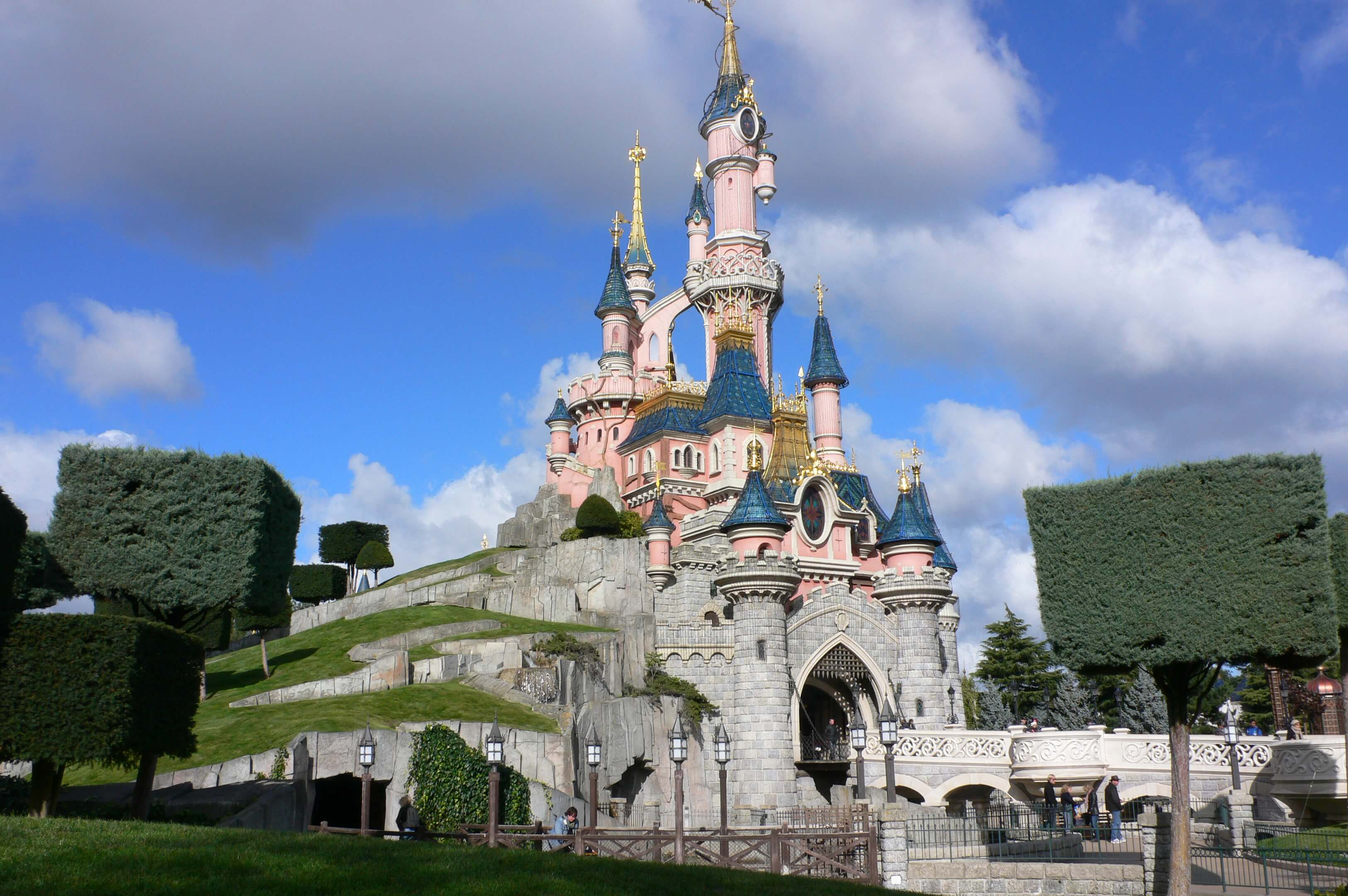 Disneyland Paris Tornerose slot.jpg